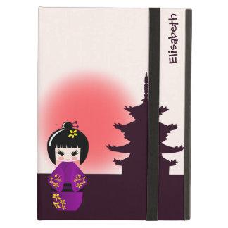 Japanische kokeshi Puppe am Tempel während des