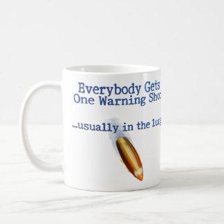 Jeder erhält ein kaffeetasse