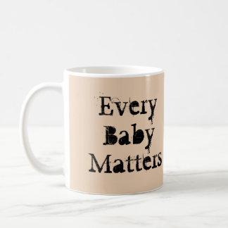 Jedes Baby ist Tasse durch RoseWrites von