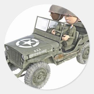 Jeep mit 2 Cartoonsoldaten Runder Aufkleber