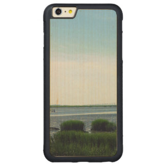 Jekyll Insel-Dock Carved® Maple iPhone 6 Plus Bumper Hülle