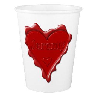 Jeremy. Rotes Herzwachs-Siegel mit NamensJeremy Pappbecher