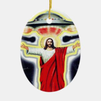 Jesus und ein UFO Keramik Ornament