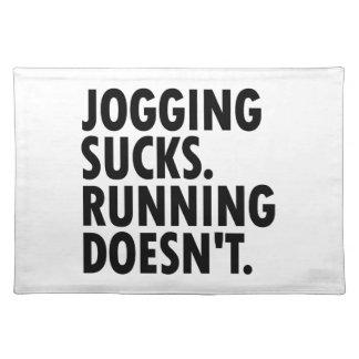 Joggen ist zum Kotzen. Das Laufen tut nicht. Stofftischset