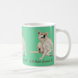 juckender Hund, der Malerei mit lustigem Slogan Kaffeetasse