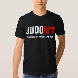 JUDO N'T weiß, wem Sie mit verwirren T Shirt