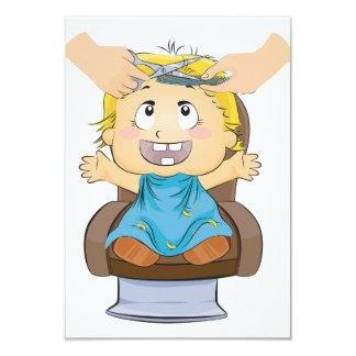 Junge, der ein Haarschnitt-Einladungen erhält 8,9 X 12,7 Cm Einladungskarte