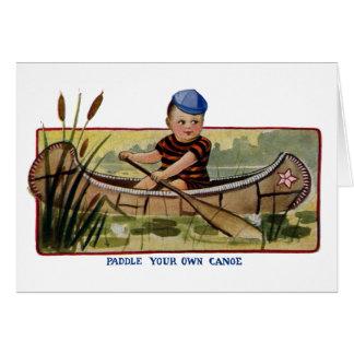 Junge, der Kanu durch die Lilien-Auflagen Vintag Karte
