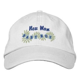 Junge Mutter -Junge Bestickte Kappe