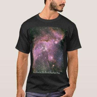 Junge-Sterne in der kleinen Magellanic Wolke T-Shirt