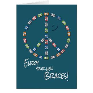 Jungen-neues Klammer-Glückwunsch-Friedenszeichen Karte