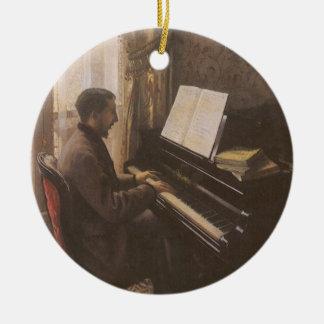 Junger Mann, der das Klavier durch Gustave Keramik Ornament