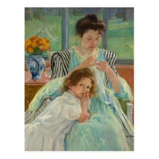 Junges Mutter-Nähen Postkarte