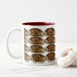 Kaffe och bullar. zweifarbige tasse