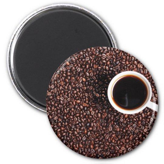 Kaffebohnen mit Kaffeetasse Runder Magnet 5,1 Cm