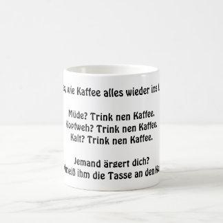 Kaffee bringt alles in Lot - lustiger Spruch Kaffeetasse