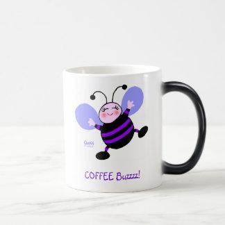 Kaffee-Summen-Cartoon-lila beschäftigte Verwandlungstasse