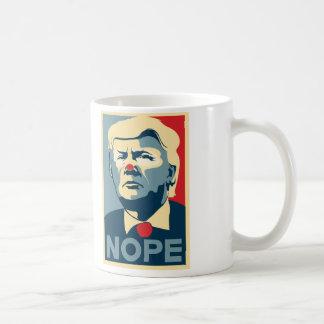 """Kaffee-Tasse Donald Trump """"NOPE"""" Kaffeetasse"""