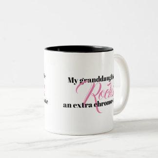 """Kaffee-Tasse """"meine Enkelin schaukelt ein Zweifarbige Tasse"""