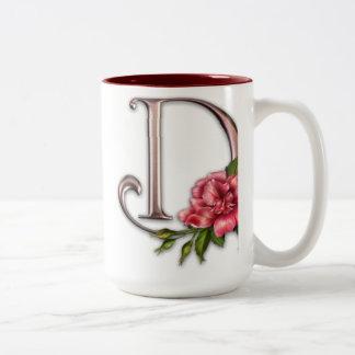 Kaffee-Tasse mit herrlicher verzierter Initiale D Zweifarbige Tasse