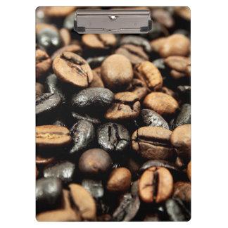 Kaffeebohne-Hintergrund Klemmbrett