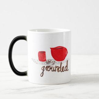 Kaffeesatz, der Tasse verwandelt