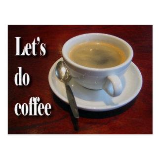 Kaffeetasse auf hölzerner Tabelle Postkarte