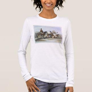 Kafila mit einem Kamel, das ein Hodesh, Langarm T-Shirt