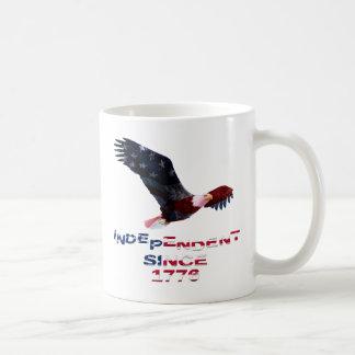 Kahler Adler-amerikanische Flaggen-patriotische Kaffeetasse
