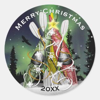 Kajak-Weihnachtsbaum-Aurora Borealis Runder Aufkleber