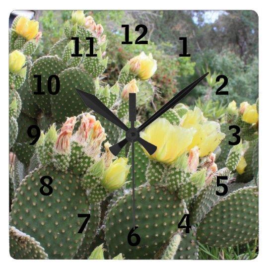 kaktus blumen wand uhr quadratische wanduhr zazzle. Black Bedroom Furniture Sets. Home Design Ideas