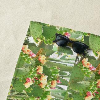 Kaktusfeige-Kaktus in der Blüten-Gewohnheit Strandtuch