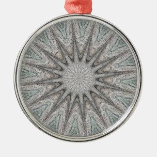 Kaleidoskop-Entwurfs-rustikale hellgraue Farben Silbernes Ornament