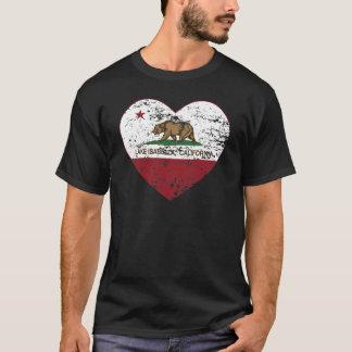 Kalifornien-Flaggensee-Isabella-Herz beunruhigt T-Shirt