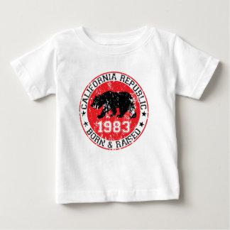 Kalifornien-Republikgeborenes angehoben 1983 Baby T-shirt