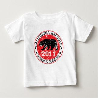 Kalifornien-Republikgeborenes angehoben 2011 Baby T-shirt
