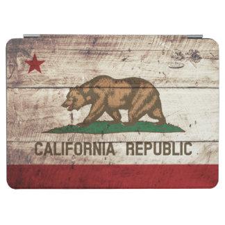 Kalifornien-Staats-Flagge auf altem hölzernem Korn iPad Air Cover