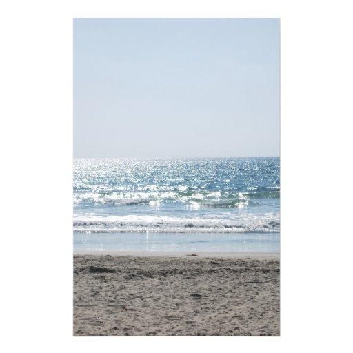 Kalifornien-Strand - schöner Ozean Flyerdesign