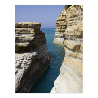 Kalkstein schaukelt Felsen auf Korfu-Insel Postkarte