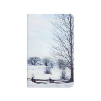 Kalte Winter-Tagesbloße Baum-aufgeteilte Taschennotizbuch