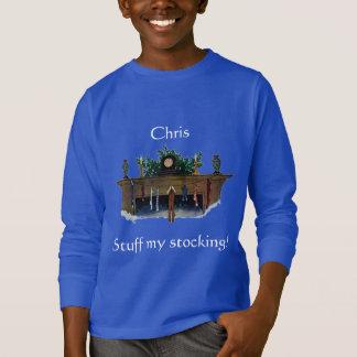 Kamin mit den Strümpfen, die Wilcox Smith hängen T-Shirt