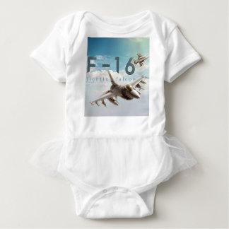 Kämpfender Falke F-16 Baby Strampler