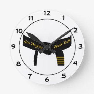 Kampfkunst-vierter Grad-Gürtel-runde Uhr