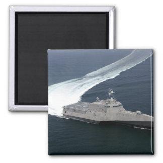 Kampfschiff Unabhängigkeit im Golf von Mexiko Quadratischer Magnet