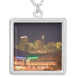 Kanada, Alberta, Calgary: Stadt-Skyline von Versilberte Kette
