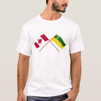 Kanada und Saskatchewan gekreuzte Flaggen T-Shirt