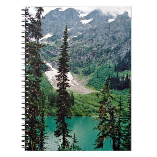 Kanadischer Bergsee Notizblock