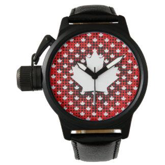 Kanadisches Ahornblatt mit Armbanduhr
