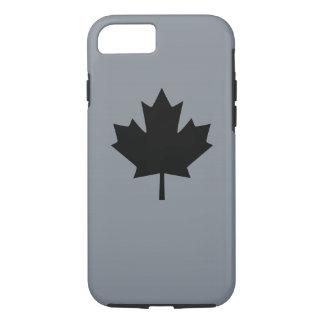 Kanadisches schwarzes Ahornblatt auf Grau iPhone 8/7 Hülle