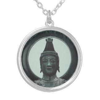 Kannon Bodhisattva des Mitleidanhängers Halskette Mit Rundem Anhänger
